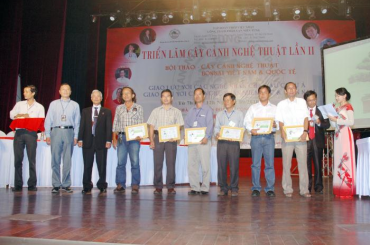 Hội thảo với chủ đề: Cây cảnh nghệ thuật, Bonsai Việt Nam và Quốc Tế
